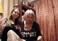 Equipo de prostituta de madre e hija real de Rusia
