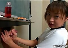 Japonesas cutie hacerse la paja un verga duro