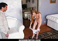 Gingerpatch - Red Head Ava Parker nimmt Schwanz in Onesie