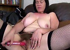 Impresionante Maduras Madre hace su primer video porno.