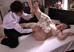 Japanese Mom Wake Up Suddenly - LinkFull: https://ouo.io/rP8bdV