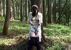 Untertitel Unzesirt Japanisch Milf Mana Funaki in Wald HD