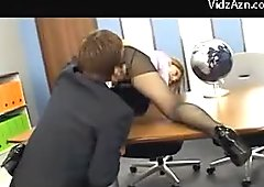 Busty Girl In Pink Shirt And Pantyhose Getting Her Pussy Licked Fingered On The Offices Desk Giving Blowjob