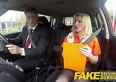 Fake Driving School REIF MAN Jizzes über Tukladed Bombshell Georgie Lyall