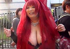 Japanisch Mädchen mit massivem Titten (Teil 1)