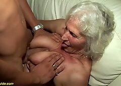 Abuela en su primer video porno