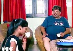 Analanine-hot indias sirvienta hace el día bien